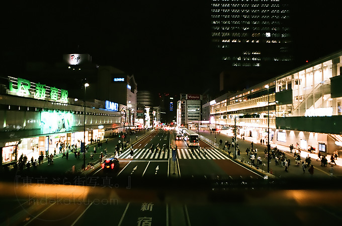 Flektogon 20mm Walk in the night of Shinjuku